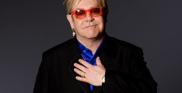 Elton Returns to Cornwall After 30 Years