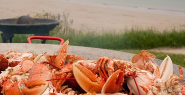 Top 10 Places To Eat Near The Sea