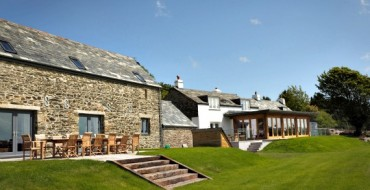 Tregulland: An Awe-Inspiring Holiday House