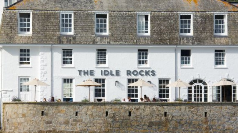 Lunch at the Idle Rocks